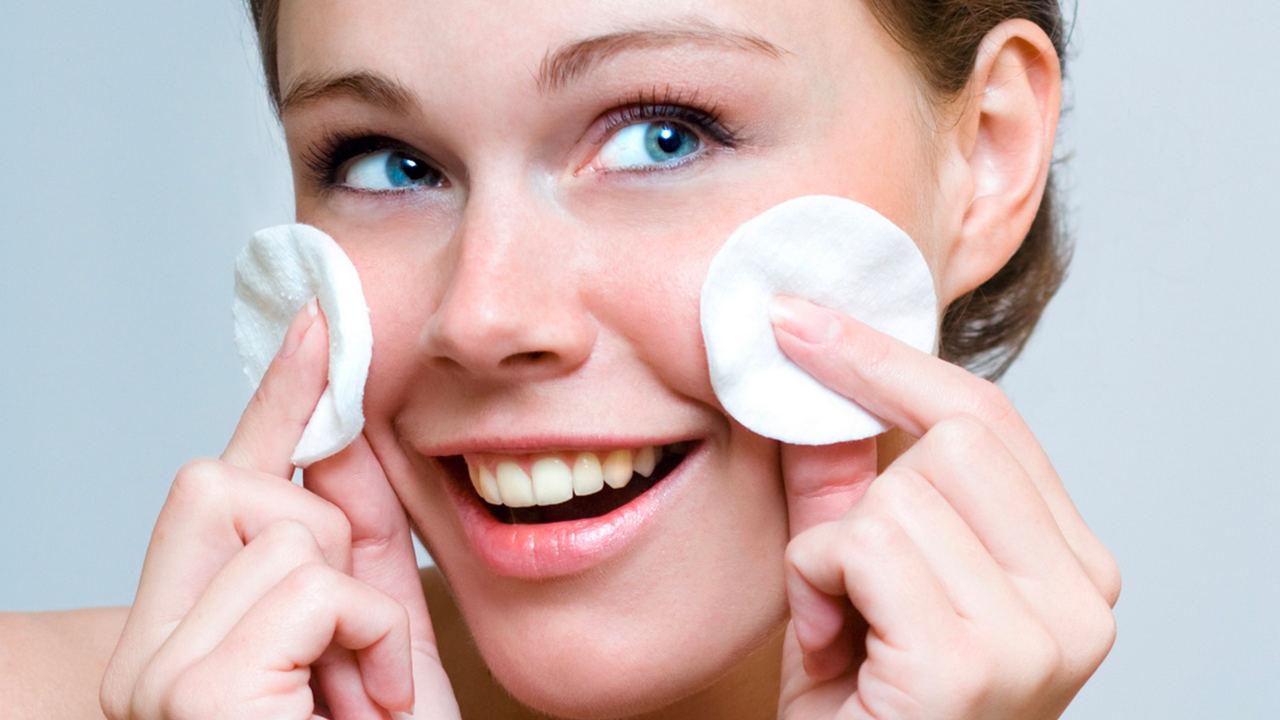 pulizia del viso in casa vapore
