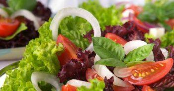 Dieta Vegana equilibrata - alimenti consentiti, cosa mangiano i vegani e menù di esempio dieta vegana