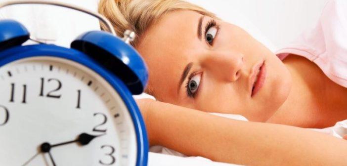 Insonnia: cause, sintomi, rimedi naturali e cosa fare per dormire bene. Scopri quali sono le principali cause di insonnia, perchè non si riesce a dormire bene, come migliorare la qualità del nostro sonno e i migliori rimedi naturali per l'insonnia.