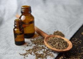 Olio essenziale di cumino: proprietà, benefici, controindicazioni e usi